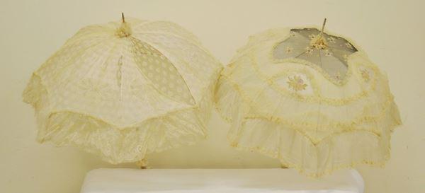 Due ombrelli d passeggio, Francia, sec. XIX, in seta, difetti e mancanze, (2)