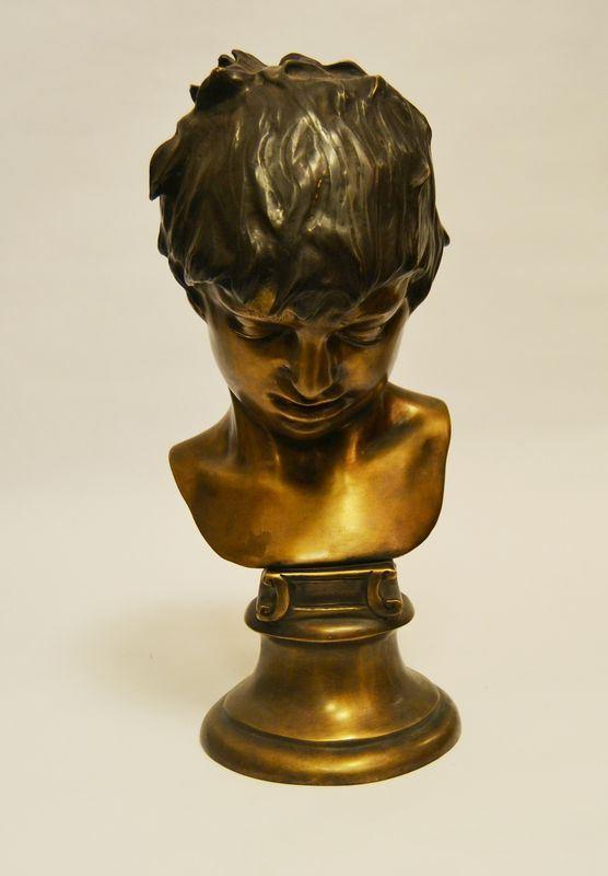 Vincenzo Gemito  ( Napoli 1852-1929 )  BUSTO DI RAGAZZO  bronzo, alt. cm 46