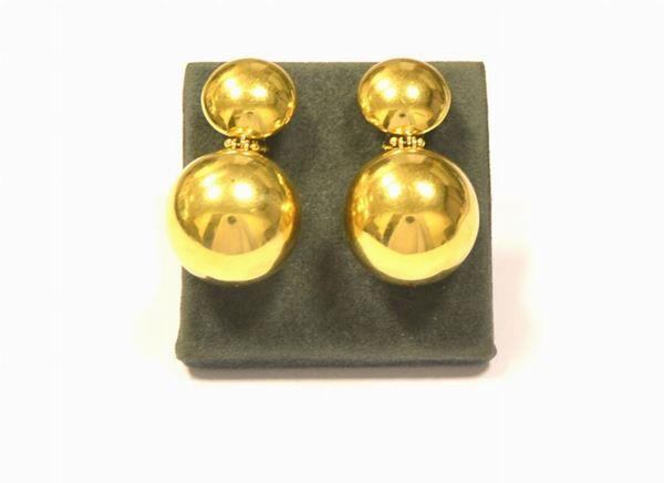 Paio di orecchini pendenti ,in oro giallo