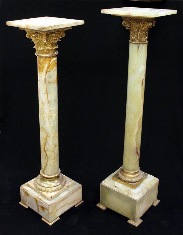 Due colonne, sec. XX,