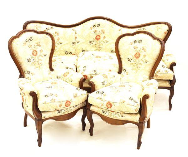 Divano e due poltrone, e due sedie, in stile Luigi Filippo