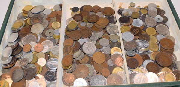 Lotto di circa quattrocento monete e cinque medaglie