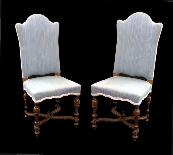 Coppia di sedie, in stile 700